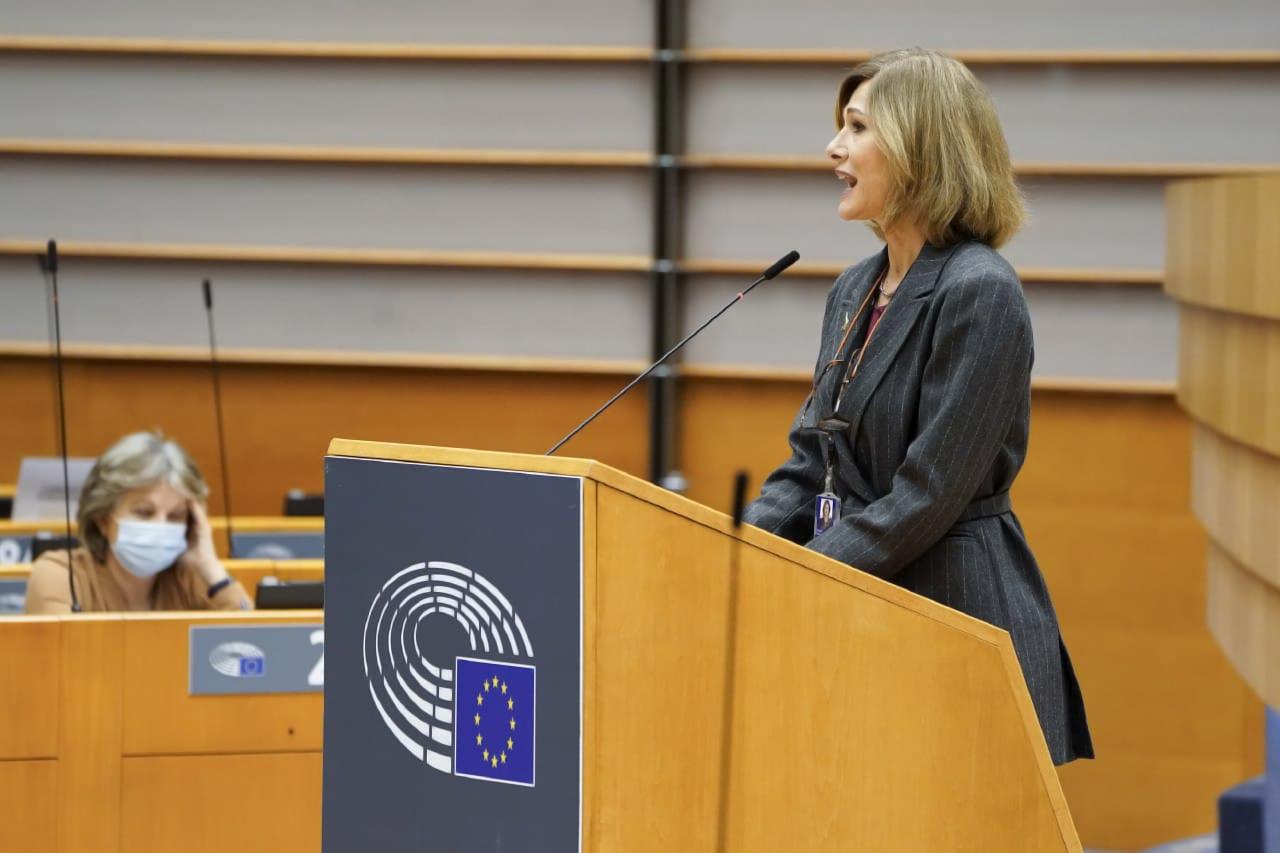 Francesca Donato in plenaria, 2021